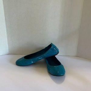 Tory Burch blue patent leather Eddie flats sz 7.5